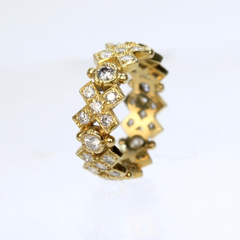 Elizabeth Gage 18 Karat Gold and Diamond Hugs and Kisses Band Ring In Good Condition For Sale In Philadelphia, PA
