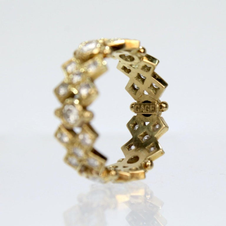 Elizabeth Gage 18 Karat Gold and Diamond Hugs and Kisses Band Ring For Sale 3