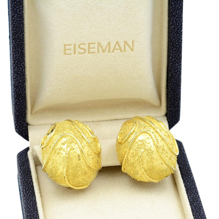 Elizabeth Gage 18k Gold Dome Clip Earrings For Sale 5