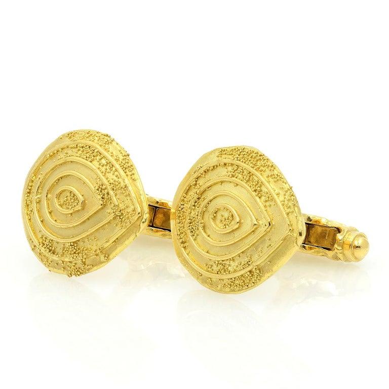 Elizabeth Gage 18k Gold Granulated Cufflinks For Sale 5