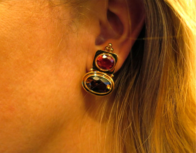 Women's or Men's Elizabeth Gage Fire Opal, Andalusite and Gold Earrings For Sale