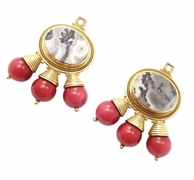 Brilliant Cut Elizabeth Gage Red Coral and White Agate Diamond Yellow Gold Earrings For Sale