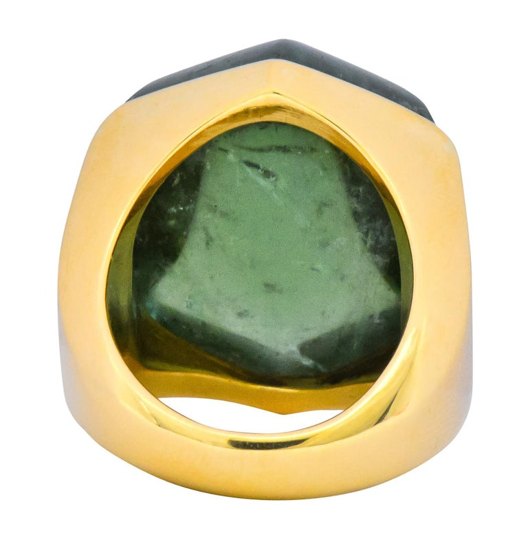 Women's or Men's Elizabeth Gage Vintage 1962 Green Tourmaline 18 Karat Gold British Unisex Ring For Sale