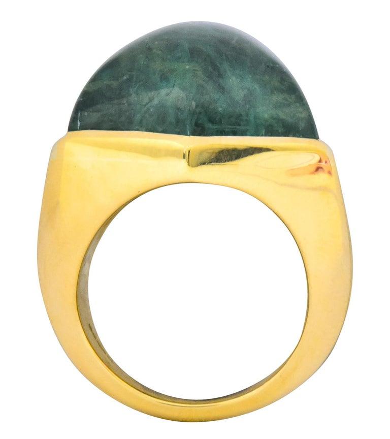 Elizabeth Gage Vintage 1962 Green Tourmaline 18 Karat Gold British Unisex Ring For Sale 3