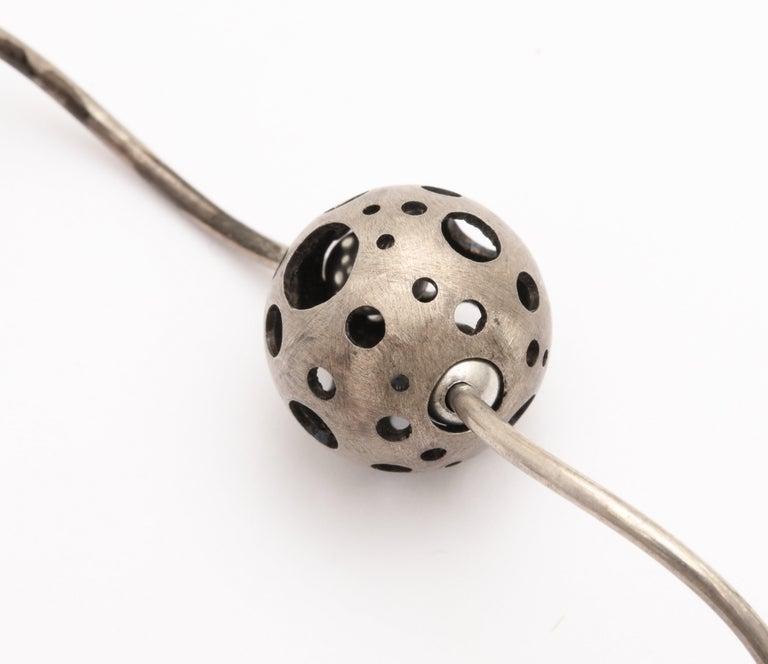 Elizabeth Garvin Modernist Silver Necklace For Sale 5