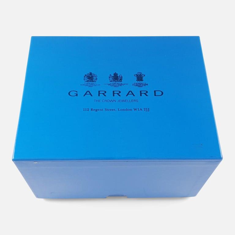 Elizabeth II Sterling Silver Beaker, Garrard & Co, London, 1998 For Sale 4