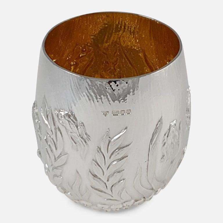 Elizabeth II Sterling Silver Beaker, Garrard & Co, London, 1998 In Good Condition For Sale In Glasgow, GB