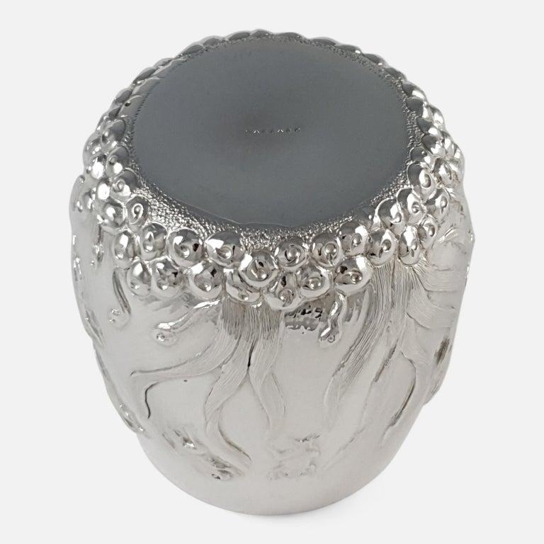 Elizabeth II Sterling Silver Beaker, Garrard & Co, London, 1998 For Sale 2