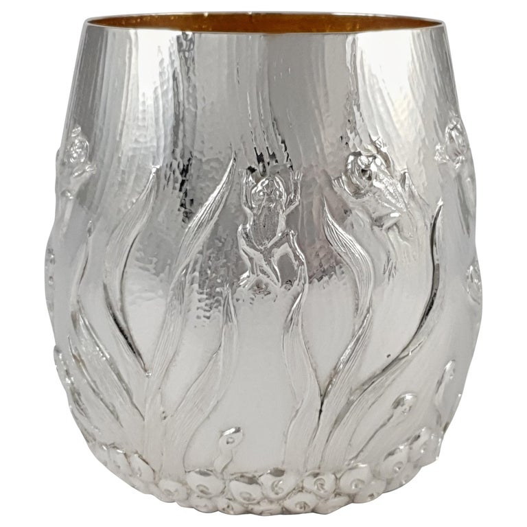 Elizabeth II Sterling Silver Beaker, Garrard & Co, London, 1998 For Sale