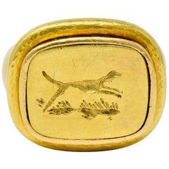 Elizabeth Locke Contemporary 18 Karat Yellow Gold Foxhound Signet Ring