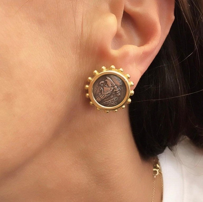 Women's or Men's Elizabeth Locke Gold and Ancient Silver Coin Earrings For Sale