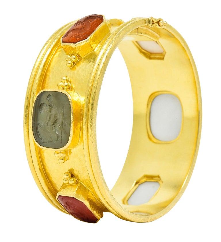 Elizabeth Locke Intaglio 19 Karat Hammered Gold Bangle Bracelet For Sale 5