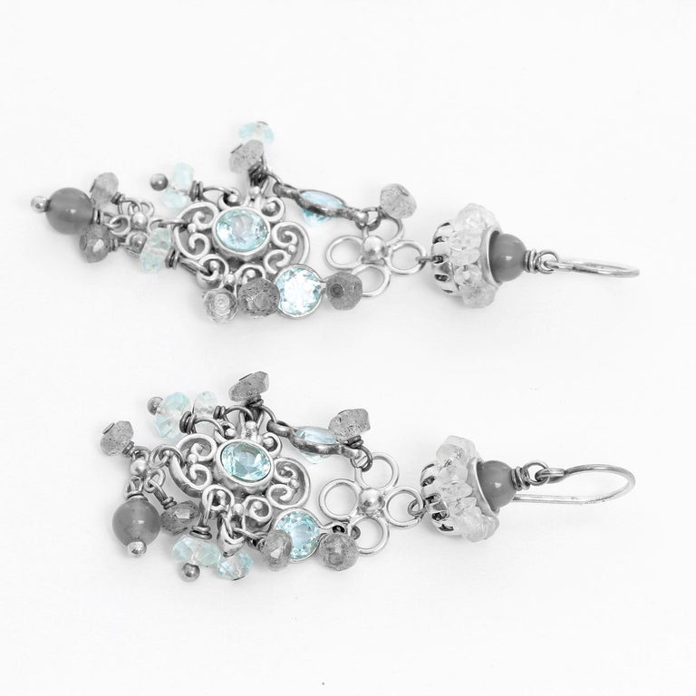 Elizabeth Showers Blue Topaz Silver Dangle Earrings  In Excellent Condition For Sale In Dallas, TX