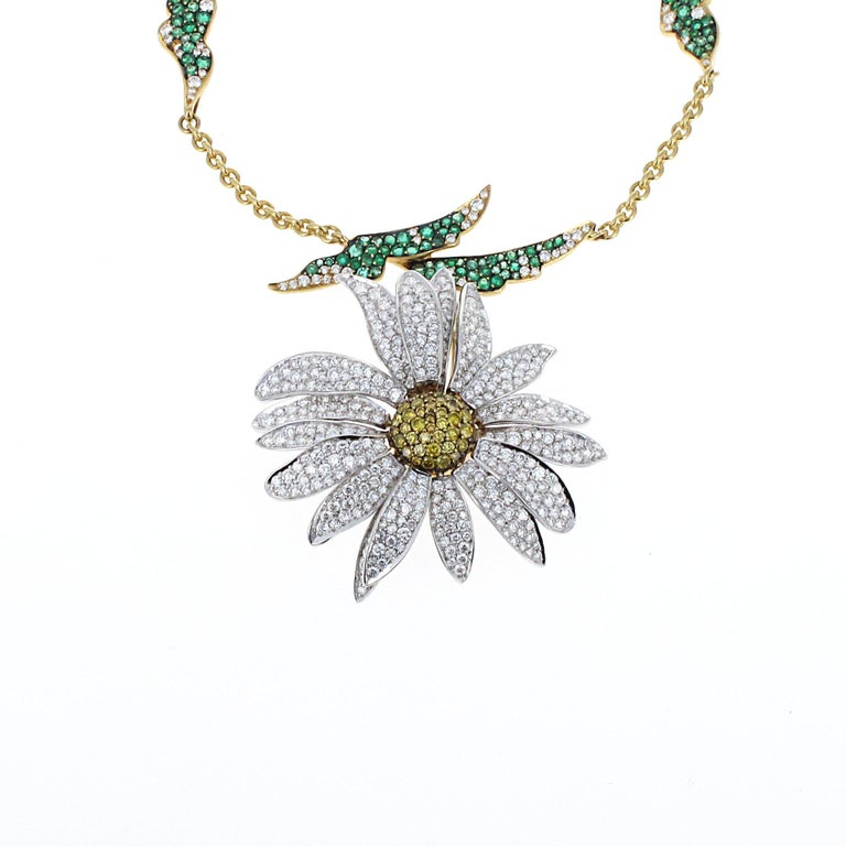 Inspired by Elizabeth Taylors love for jewelry, this exquisite diamond and emerald daisy necklace is part of the House of Taylor collection. Elizabeth Taylor had impeccable taste in jewelry. Her designs and jewelry collection are what has created