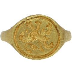 Elizabethan Gold Signet Ring with Scottish Rampant Lion, circa 16th Century