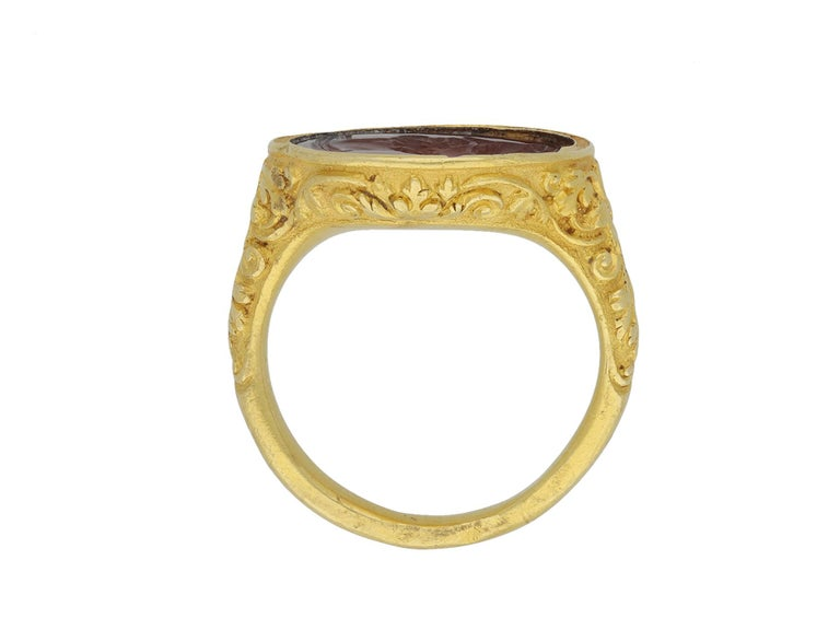 Elizabethan Intaglio Ring Featuring Edward De Vere, circa 1575 For Sale 1