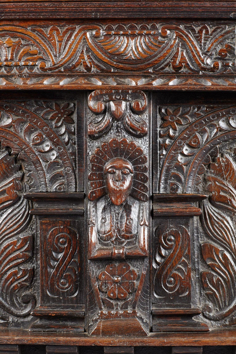 Carved Elizabethan Oak Chest, Somerset, England, circa 1600 For Sale