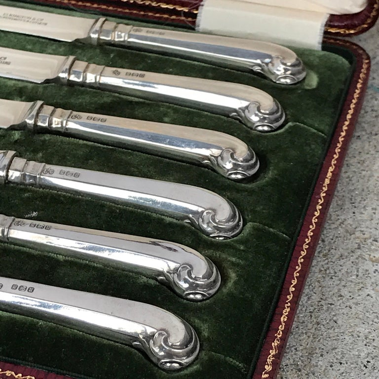 Georgian Elkington Sterling Pistol Handled Dessert Knives, with Original Box For Sale