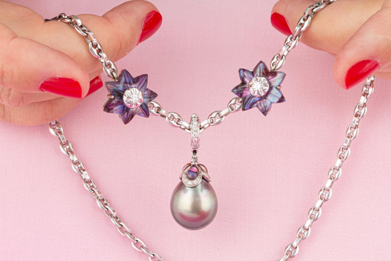 Round Cut Ella Gafter 17mm Pearl Diamond Flower Necklace For Sale