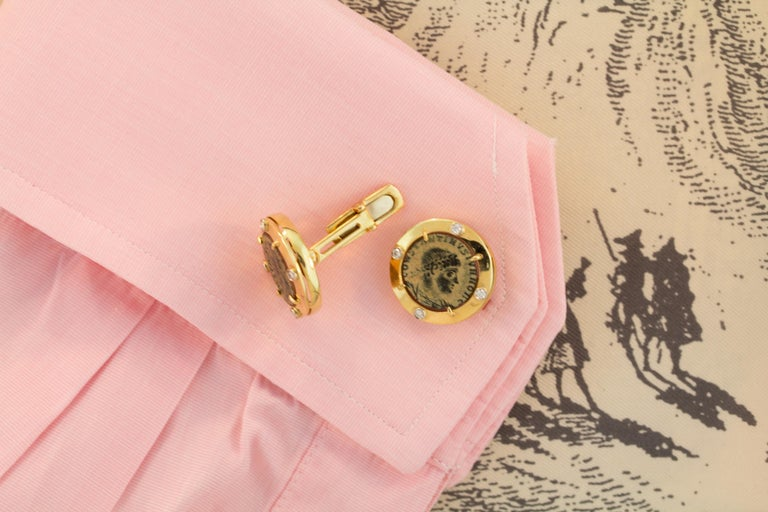 Ella Gafter Coin Diamond Cufflinks  In New Condition For Sale In New York, NY