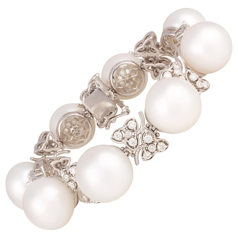 Ella Gafter Australian White South Sea Pearl and Diamond Bracelet For Sale