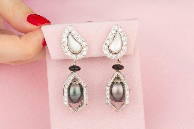 Ella Gafter Black Tahitian Pearl and Diamond Drop Earrings For Sale 1