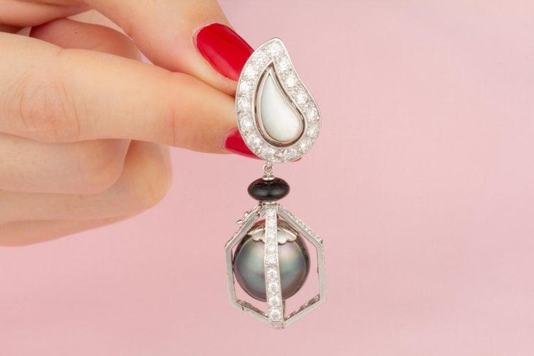 Ella Gafter Black Tahitian Pearl and Diamond Drop Earrings For Sale 3