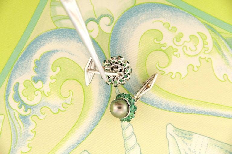 Round Cut Ella Gafter Pearl Emerald Cufflinks  For Sale