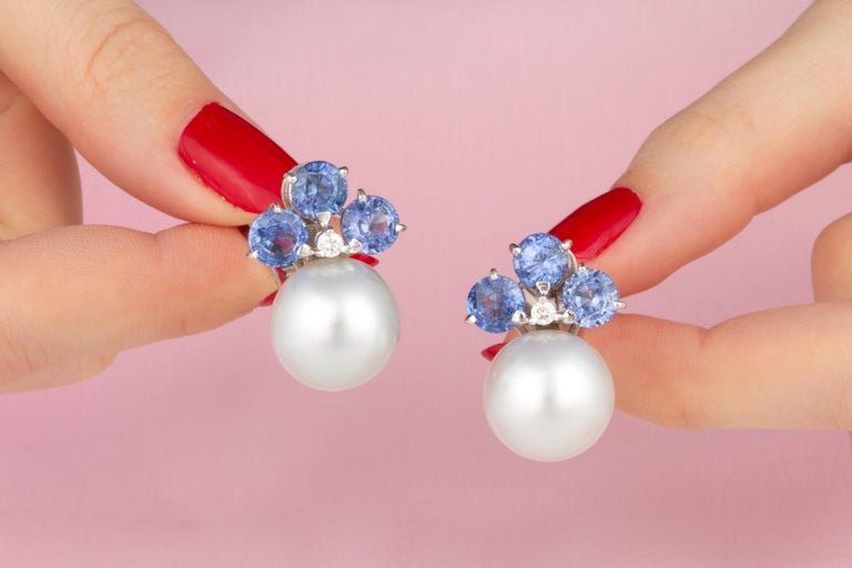 Ella Gafter Blue Sapphire South Sea Pearl Clip-On Earrings with Diamonds In New Condition For Sale In New York, NY
