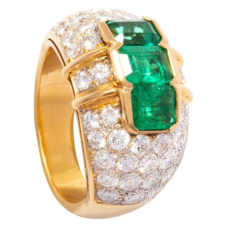 Ella Gafter Emerald and Diamond Band Ring For Sale