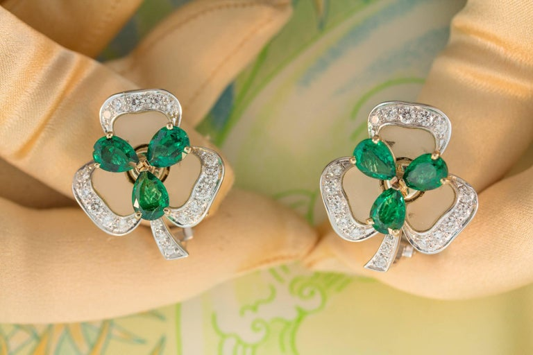 Women's Ella Gafter Emerald and Diamond Clip-on Earrings Clover Flower Design For Sale