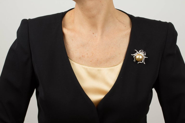 Women's Ella Gafter 19mm Pearl Diamond Spider Brooch Pin For Sale