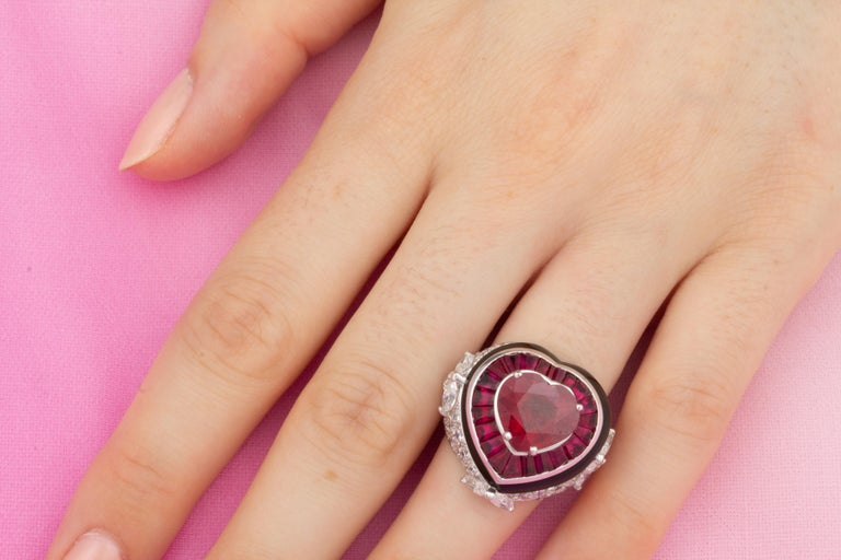Ella Gafter Heart Shape Ruby and Diamond Ring with Onyx 3