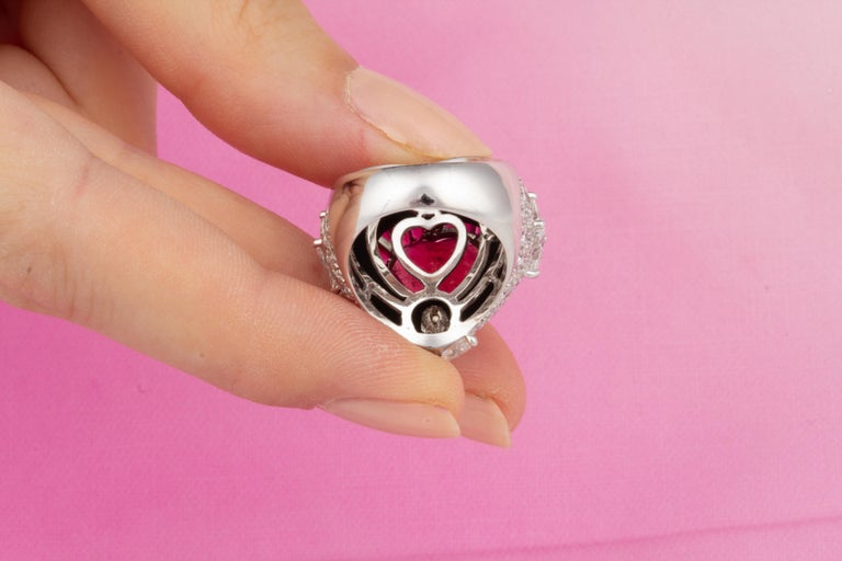 Ella Gafter Heart Shape Ruby and Diamond Ring with Onyx 8