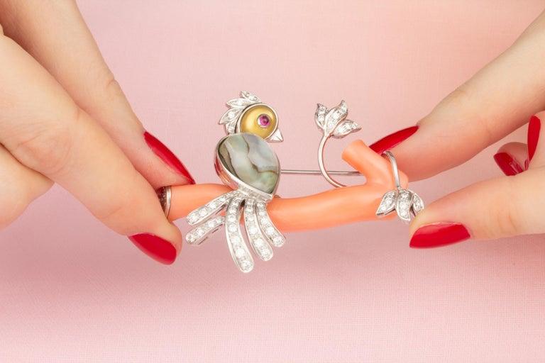 Round Cut Ella Gafter Love Bird Diamond Brooch Pin For Sale