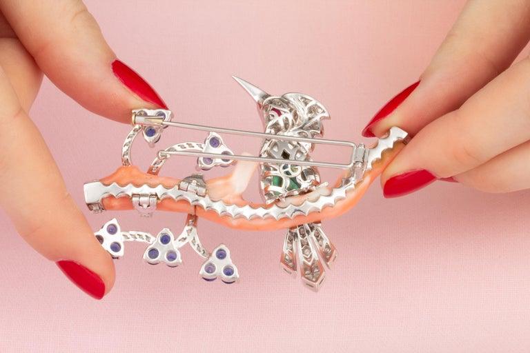 Round Cut Ella Gafter Love Bird Sapphire Diamond Pin Brooch  For Sale