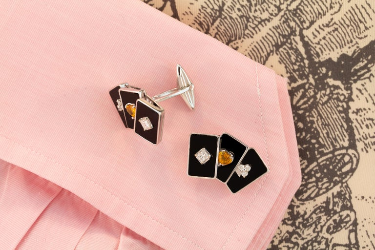 Ella Gafter Onyx and Diamond Playing Card Cufflinks In New Condition For Sale In New York, NY