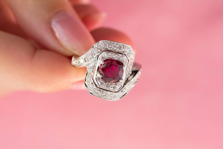 Ella Gafter Ruby and Diamond Ring For Sale 5