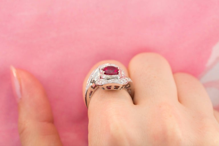 Ella Gafter Ruby and Diamond Ring For Sale 1