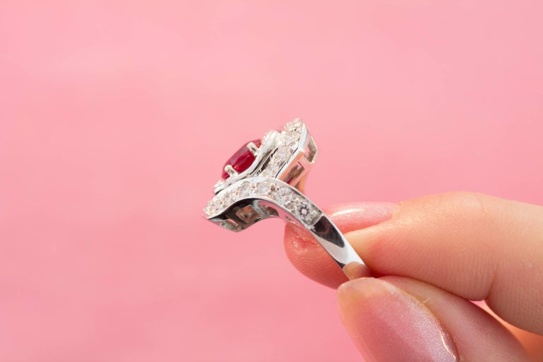 Ella Gafter Ruby and Diamond Ring For Sale 4