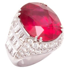 Ella Gafter Ruby 29 Carat Diamond Ring