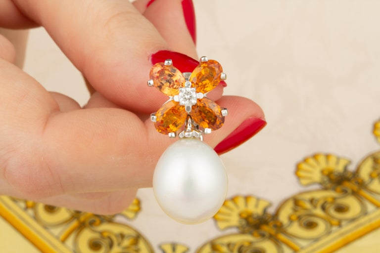 Ella Gafter Pearl Orange Sapphire Diamond Flower Earrings In New Condition For Sale In New York, NY