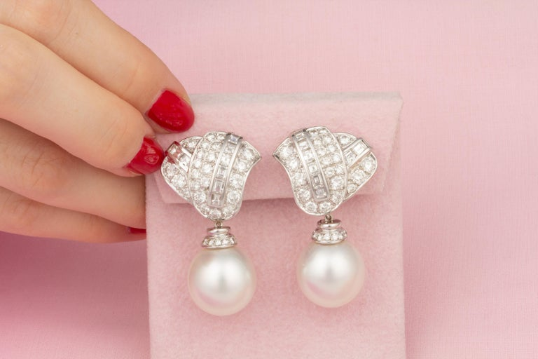 Ella Gafter South Sea Pearl Diamond Drop Earrings In New Condition For Sale In New York, NY
