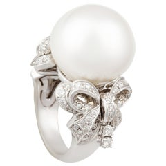 Ella Gafter White South Sea Pearl and Diamond Bow Ring