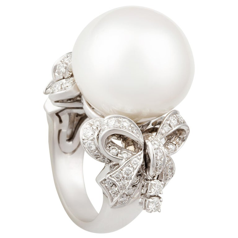 Ella Gafter White South Sea Pearl and Diamond Bow Ring For Sale