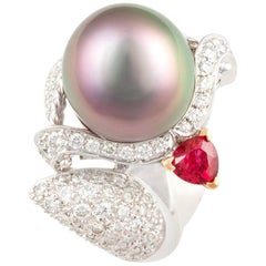 Ella Gafter Zodiac Sagittarius Ring with Tahitian Pearl and Diamonds
