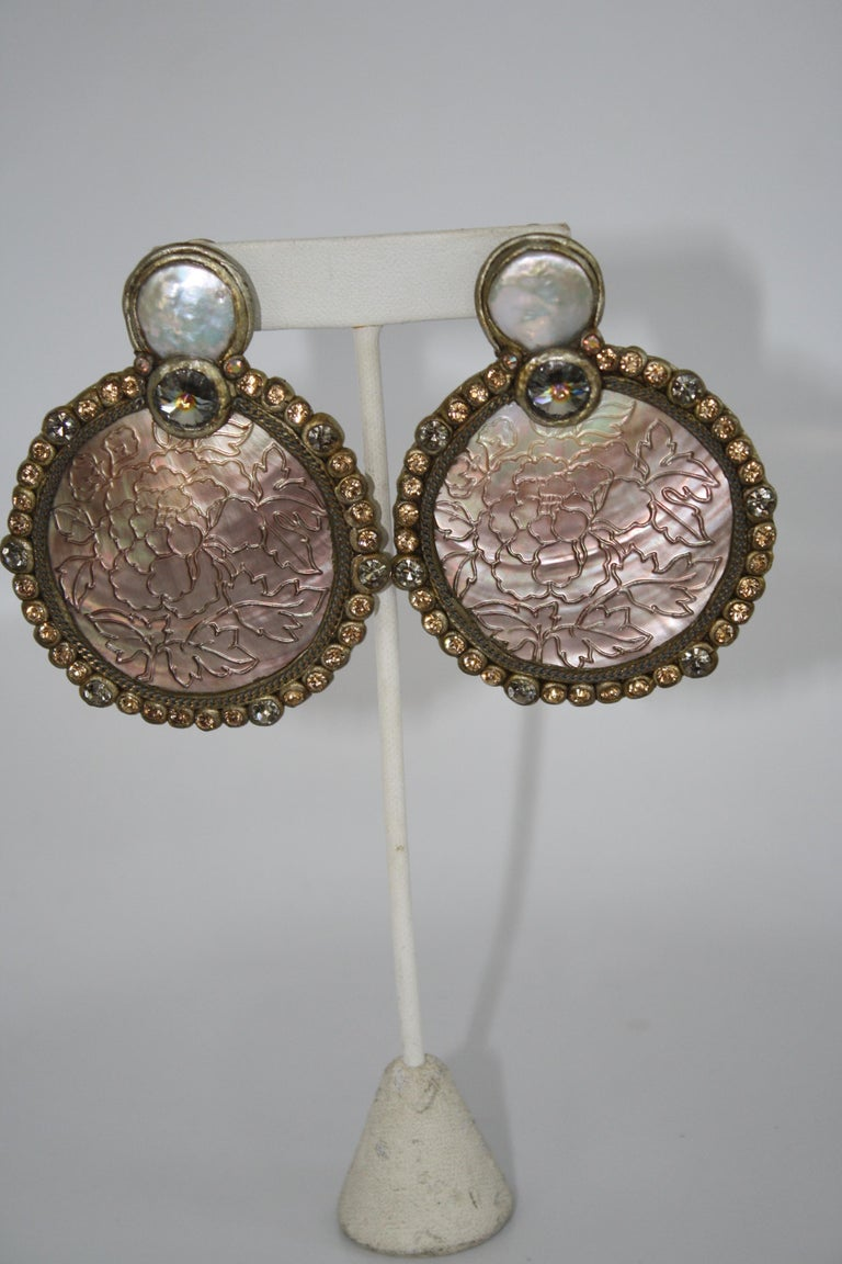 Ella K Mother of Pearl and Swarovski Clip Earrings  In New Condition For Sale In Virginia Beach, VA