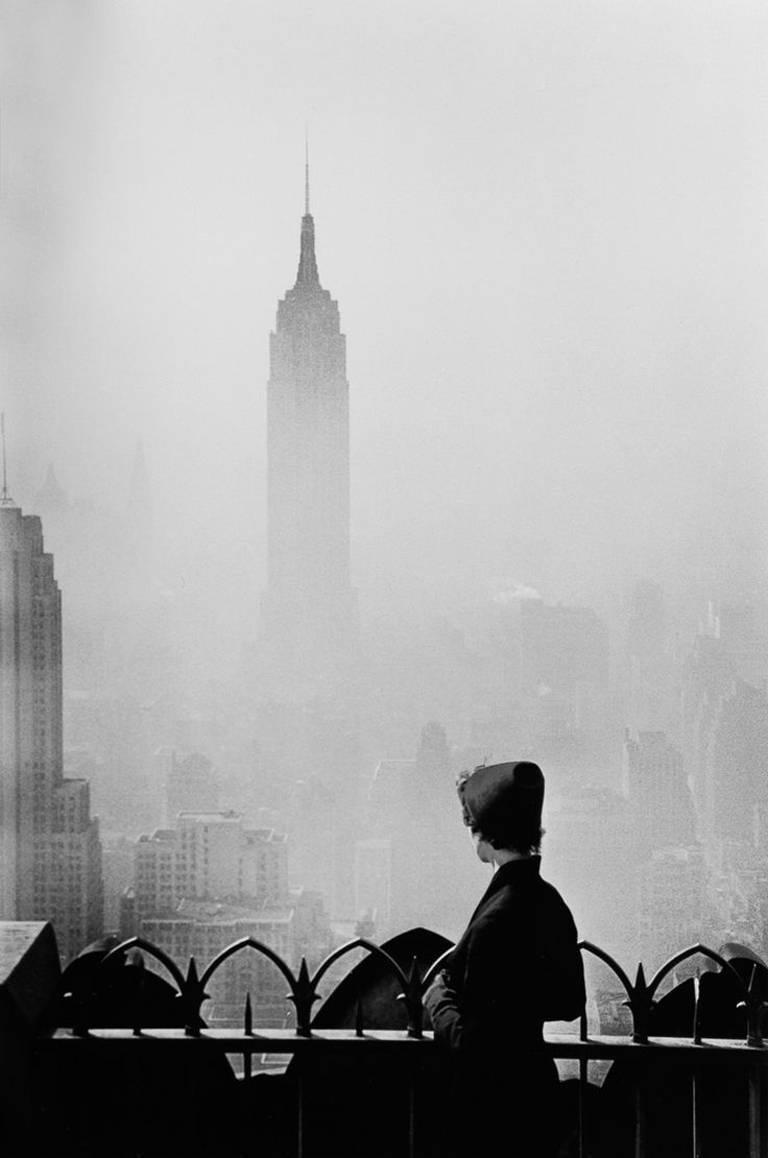 Elliott Erwitt Portrait Photograph - Empire State Building, New York City