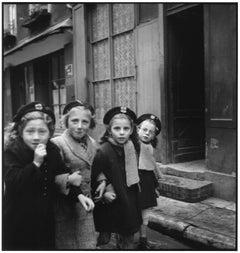 France, Paris, 1952 - Elliott Erwitt (Black and White Photography)