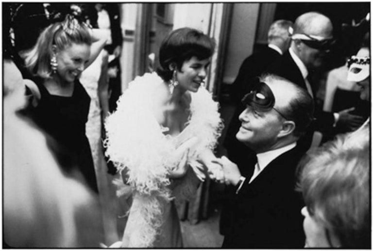 Elliott Erwitt Black and White Photograph - Truman Capote, Black and White Ball, NYC 1966